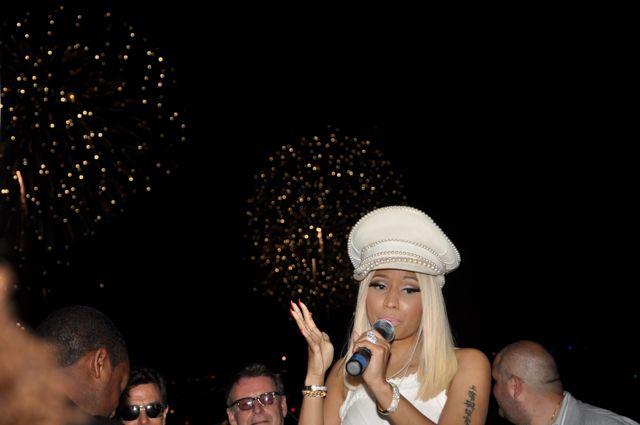 Nicki_fireworks