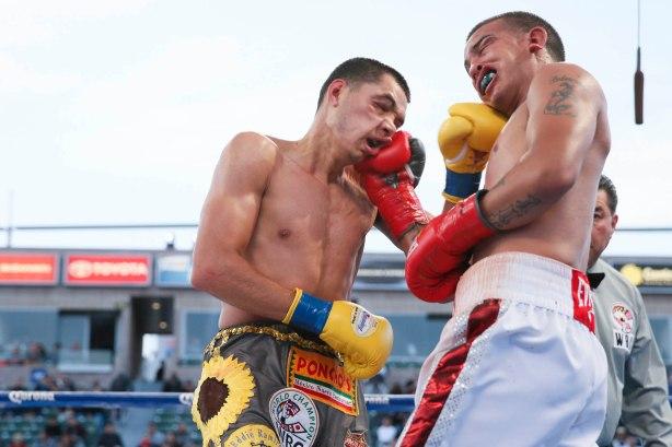 Omar Figueroa vs Jerry Belmontes