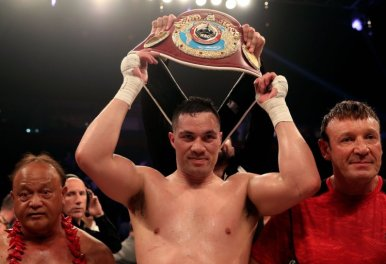 Joseph Parker celebrates victory over Hughie Fury after the WBO World Heavyweight Title bout at Manchester Arena. PRESS ASSOCIATION Photo. Picture date: Saturday September 23, 2017. See PA story BOXING Manchester. Photo credit should read: Nick Potts/PA Wire