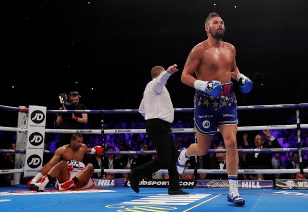 Bellew_Haye_rematch_knockdown